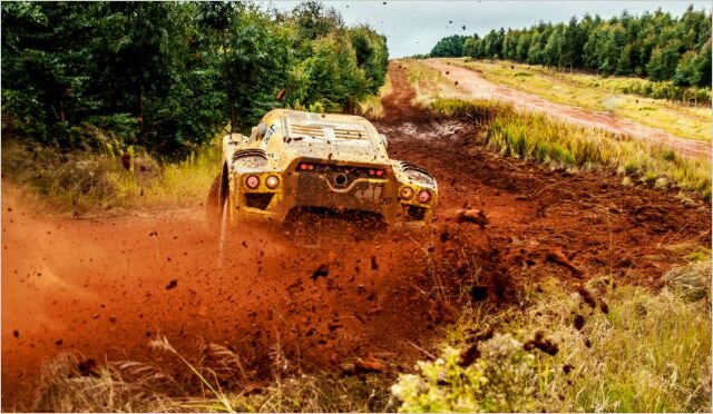 Szkolenia Off-road - Bemark Sp. z o.o. - Trójmiejskie Centrum Specjalistycznego Transportu